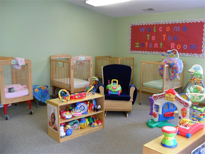 Walnut street daycare center genoa il day care center - Home daycare ideas for decorating ideas ...