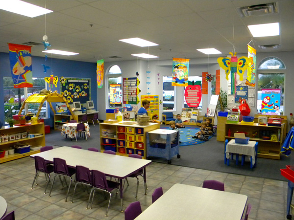 Creative Classroom Decoration For Kindergarten : Creative world lee s summit lees mo child care center